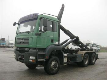 Hákový nosič kontejnerů  MAN - TGA 26.400 6x6 BL VDL 21t