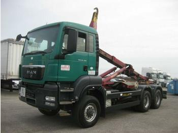 Hákový nosič kontejnerů  MAN - TGS 26.400 6X6 BB Palift T20A