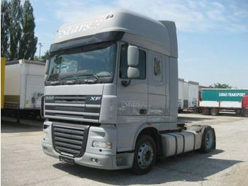 Tahač  DAF - FT XF 105.460